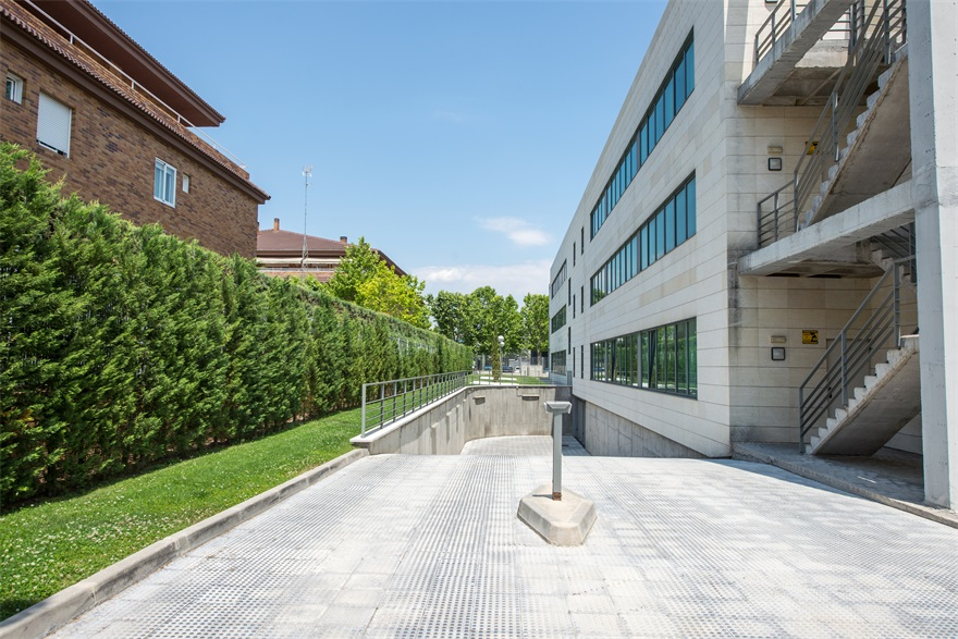 ThumbLarge OPERSA LasRozas EdificioCodesa 004